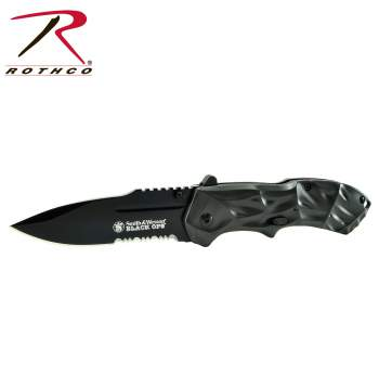 Smith & Wesson Black Ops assisted opening Knife,Black Ops opening knife,smith and wesson,knife,knives,Black Ops knife,Black Ops knives,smith and wesson knife,smith and wesson knives,pocket knife,pocket knives,assisted opening knife,Zombie,zombies